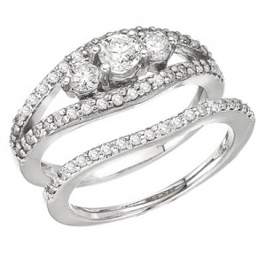 14K White Gold Qpid 3 Stone .96 Ct Diamond Bridal Ring Set