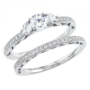 14K White Gold Qpid .94 Ct Diamond Three Stone Bridal Ring Set