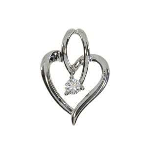 14K White Gold .10 Ct Diamond Flowing Heart fashion Pendant