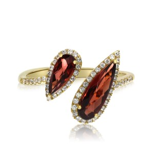 14K Yellow Gold Offset Semi Precious 12x8 mm and 8x3 mm Pear Shape Garnet and Di