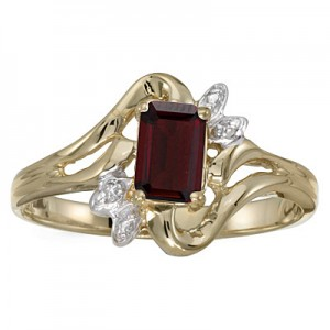10k Yellow Gold Emerald-cut Garnet And Diamond Ring