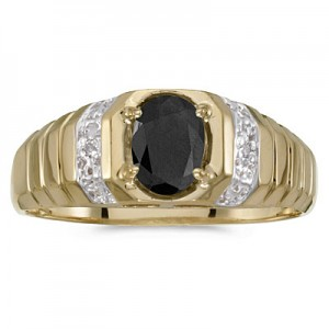 10k Yellow Gold Oval Onyx And Diamond Ring