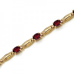 14K Yellow Gold Oval Garnet Bracelet